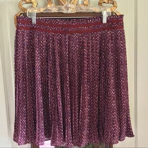 Banana Republic Pleated Skirt Size 12